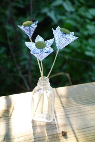 upcycled-flower-amberladley-happilyupcycled6