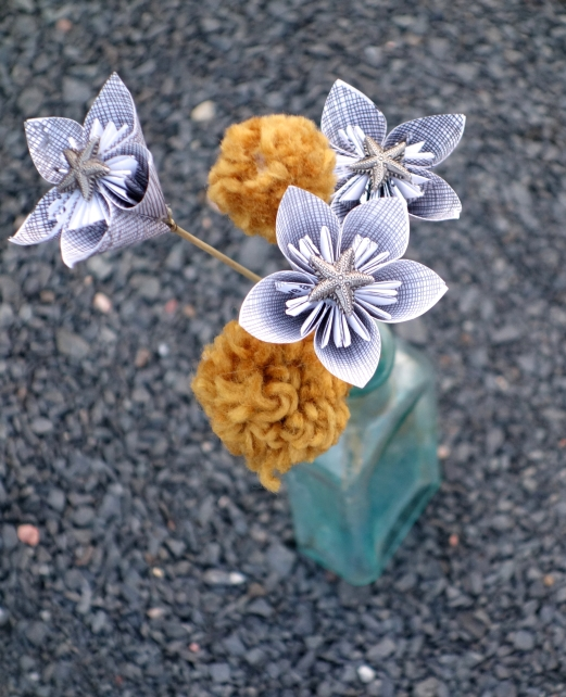 upcycled-flower-amberladley-happilyupcycled7